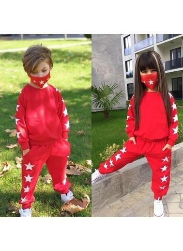 Quzucuk Kids Çocuk Yıldız Figürlü Maskeli Kırmızı Eşofman Takımı Renkli